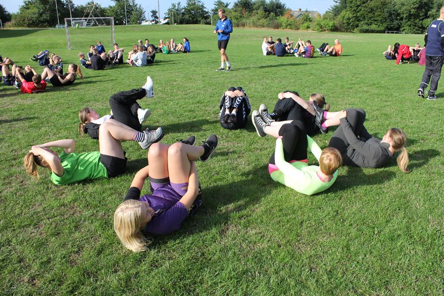 Billede af elever som dyrker sport